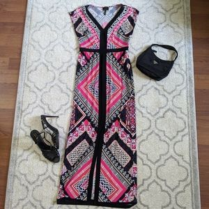 Maxi dress by Laundry by Shelli Segal 🛥️
